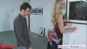Julia Ann.com Drilled By Tv Repair Man Horny Stars 27 Min