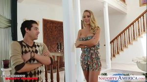 5 Min Beauty Blonde Busty Blonde Nicole Aniston And Bad Teacherutes