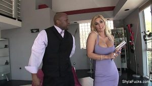 31 Min Beauty Blonde Sexy Housewife Shyla Stylez Loves To Swallow The Hot Loadutes