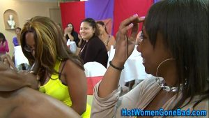Lucky Guy Feeds A Group Of Women With His BBC