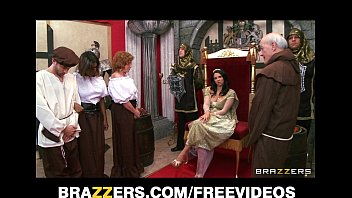 7 Min Hot Queen Missy Martinez Gets Banged In The Ass On Brazzers