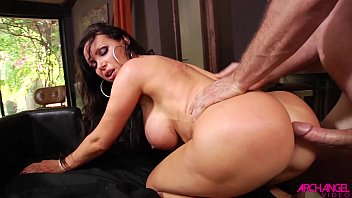 Milf Blonde Nikki Benz Doing It On Doggy From Ass Porn